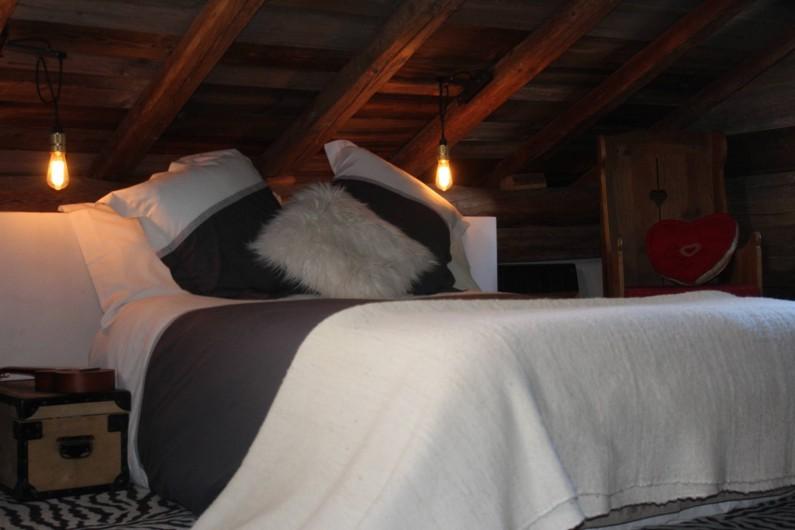 Location de vacances - Chalet à Saint-Gervais-les-Bains - Le grenier et le bain en cuivre