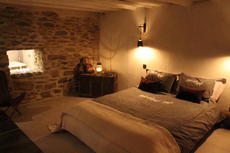Location de vacances - Chalet à Saint-Gervais-les-Bains - Chambre pierre en chaux