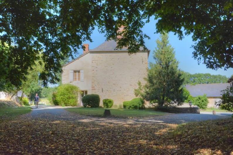 Location de vacances - Gîte à La Baconnière - Façade Ouest