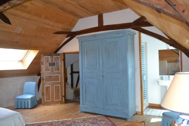Location de vacances - Gîte à La Baconnière - Chambre 2ème étage (2 lits 90x200) avec salle de douche attenante
