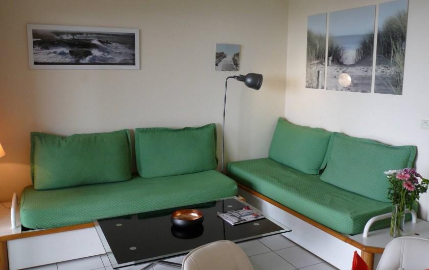 Location de vacances - Appartement à Cannes - Le salon (convertible)
