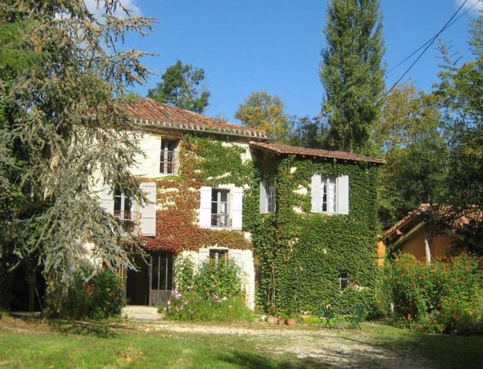 Location de vacances - Maison - Villa à Castéra-Verduzan - L' arrivée au moulin