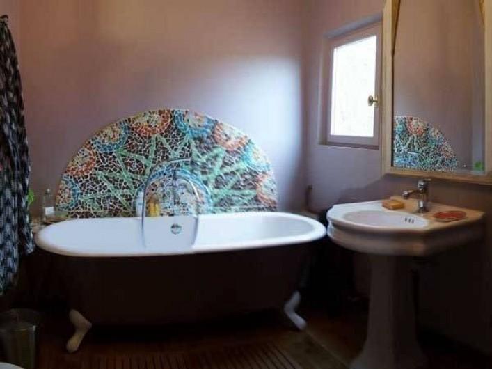 Location de vacances - Maison - Villa à Castéra-Verduzan - la salle de bain de la chambre taupe