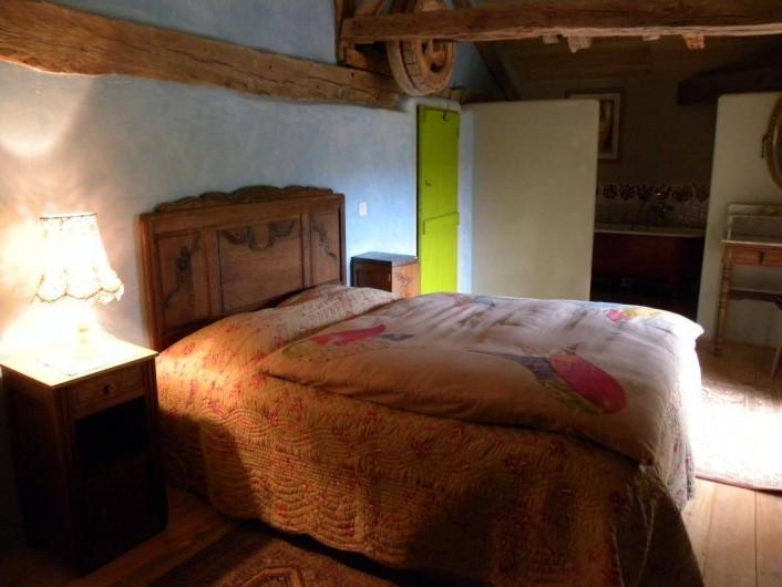 Location de vacances - Maison - Villa à Castéra-Verduzan - la chambre bleue, au 2° étage