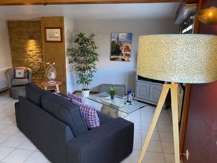 Location de vacances - Appartement à Eguisheim - la pièce à vivre