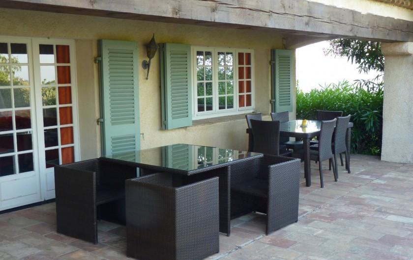 Location de vacances - Villa à Gassin - Terrasse