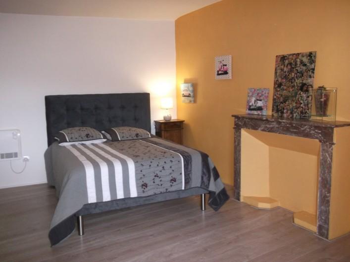 Location de vacances - Appartement à Grignan - Chambre 1 , lit de 140