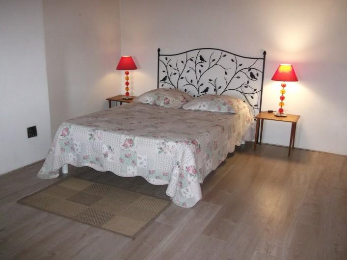 Location de vacances - Appartement à Grignan - Chambre 2 , lit de 140 en mezzanine