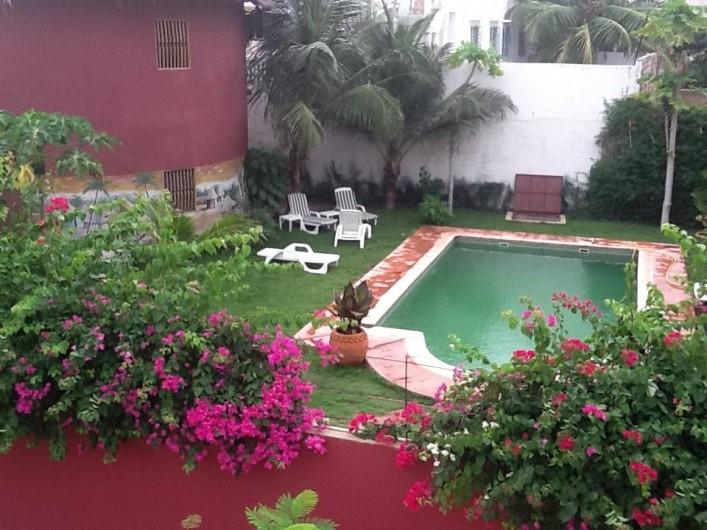 Location de vacances - Chambre d'hôtes à Saly - Vue sur jardin