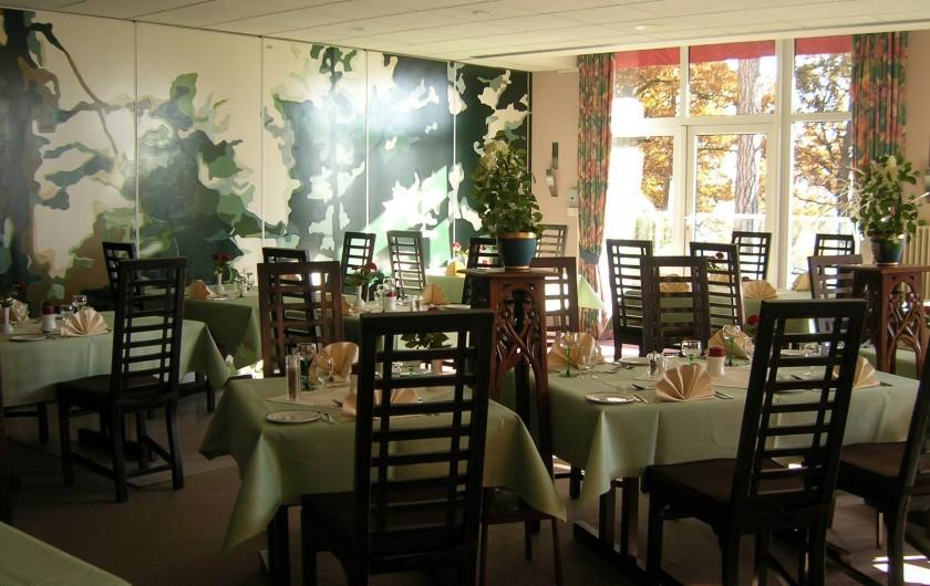 Location de vacances - Hôtel - Auberge à Husseren-les-Châteaux - Restaurant Au Sapin Doré