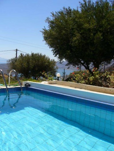 Location de vacances - Villa à Elounda - Pool and view