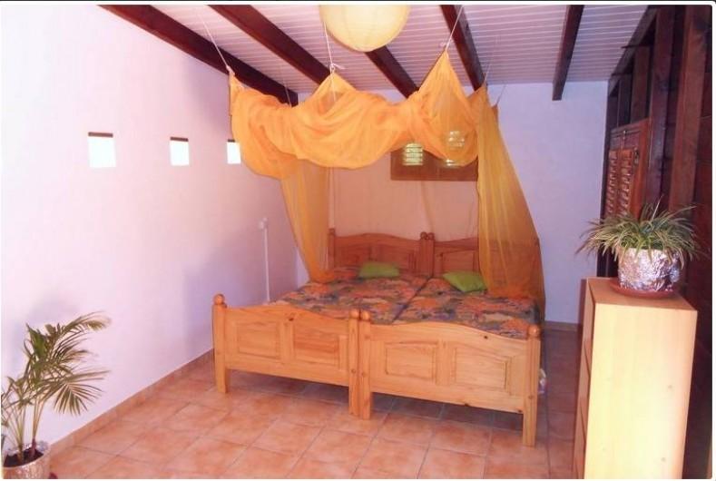 Location de vacances - Gîte à Deshaies - La seconde chambre