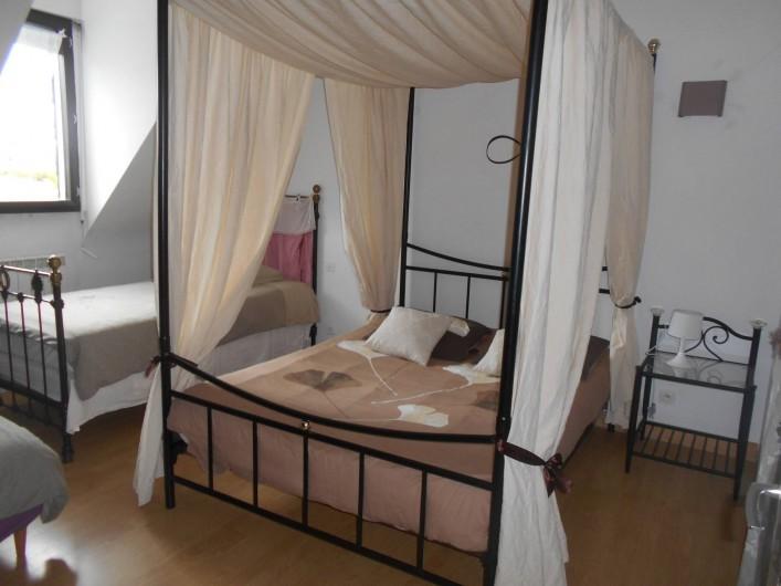 Location de vacances - Gîte à Ploumagoar - chambre