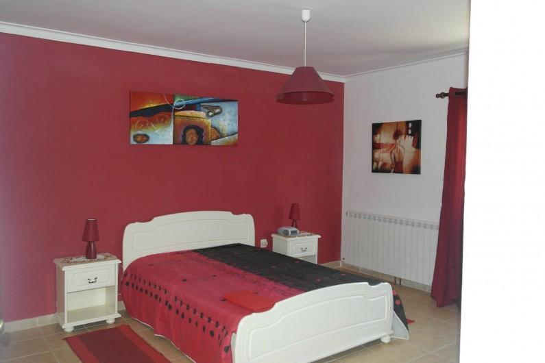 Location de vacances - Villa à Viseu - Chambre de 18m2 carré avec salle de bain privé