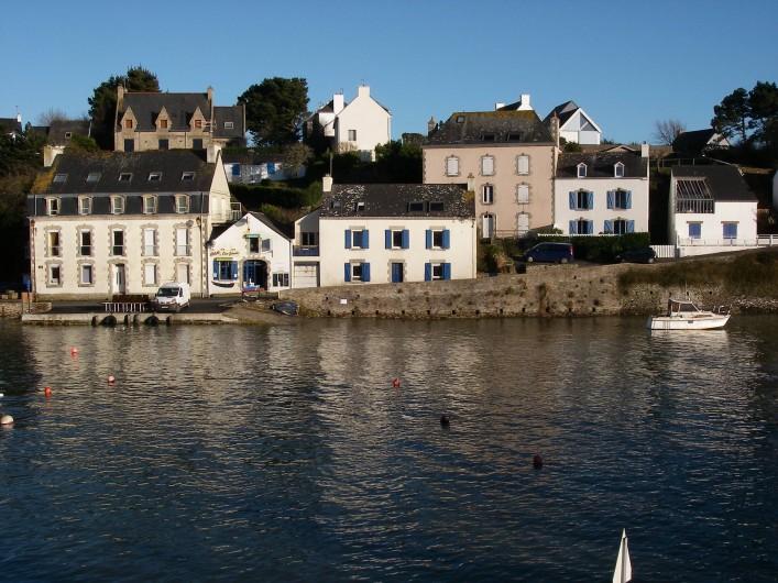 Location de vacances - Appartement à Clohars-Carnoët - l'entrée du port