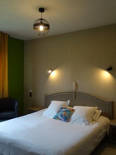 Location de vacances - Hôtel - Auberge à Albi - Chambre confort, vue jardin