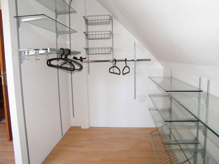 Location de vacances - Gîte à Kertzfeld - dressing chambre 1