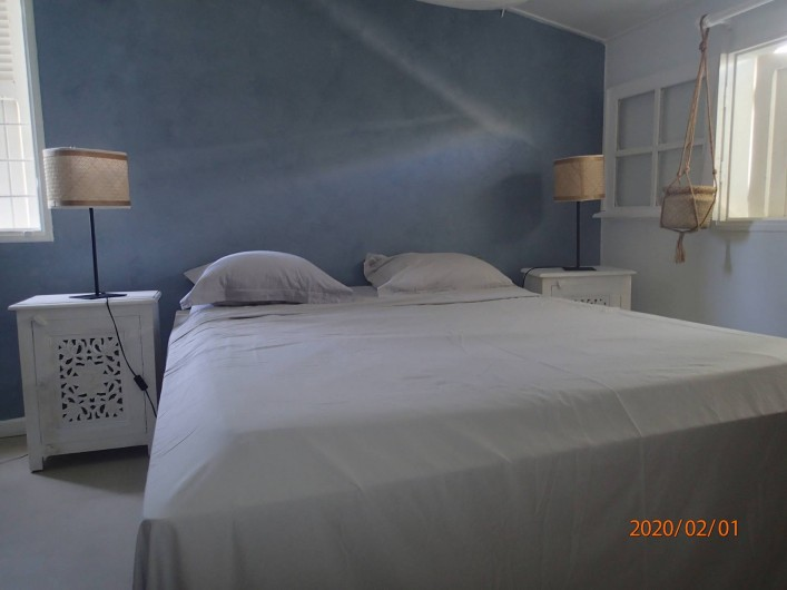 Location de vacances - Villa à La Saline-Les-Bains - Chambre 03 étage - Lit 140