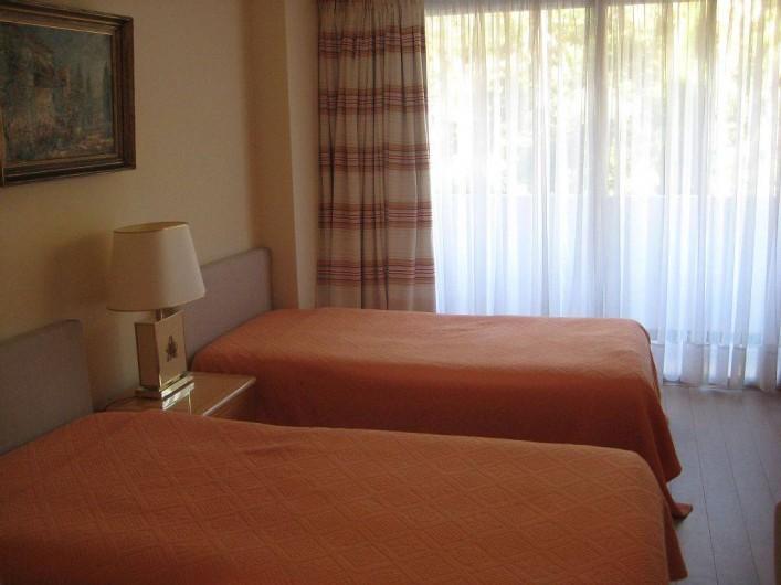 Location de vacances - Appartement à Vallauris - Chambre 2 lits 100cm