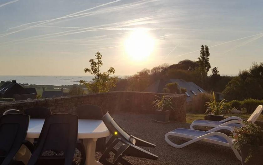 Location de vacances - Gîte à Saint-Pol-de-Léon - Terrasse vu mer