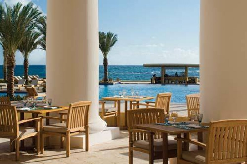 Location de vacances - Appartement à Oyster Pond - terrasse du restaurant