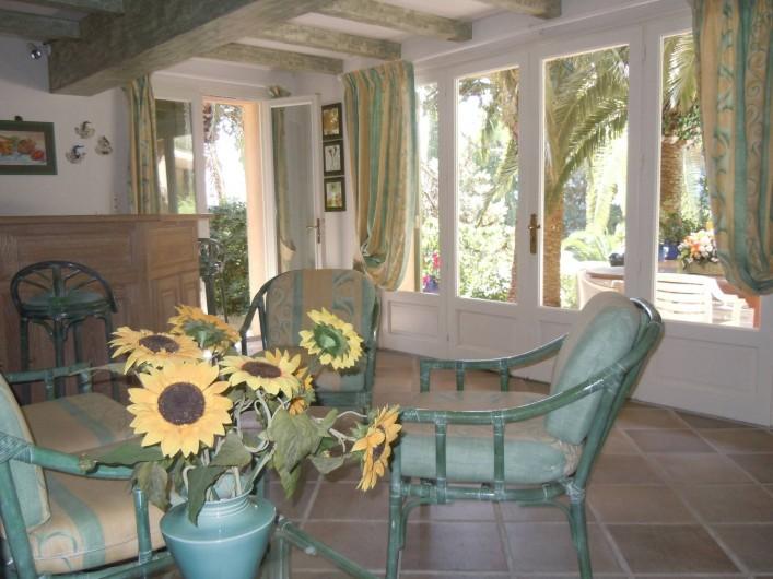 Location de vacances - Villa à Théoule-sur-Mer - salon