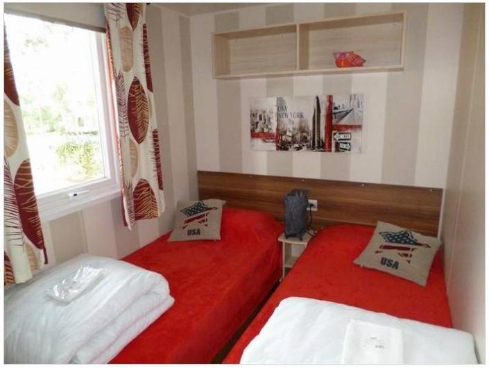 Location de vacances - Bungalow - Mobilhome à Saint-Brevin-les-Pins - Chambre 2, 2 lits rapprochables