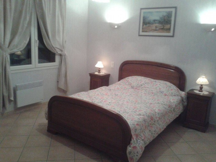 Location de vacances - Villa à Lamanon - chambre avec lit deux places 140