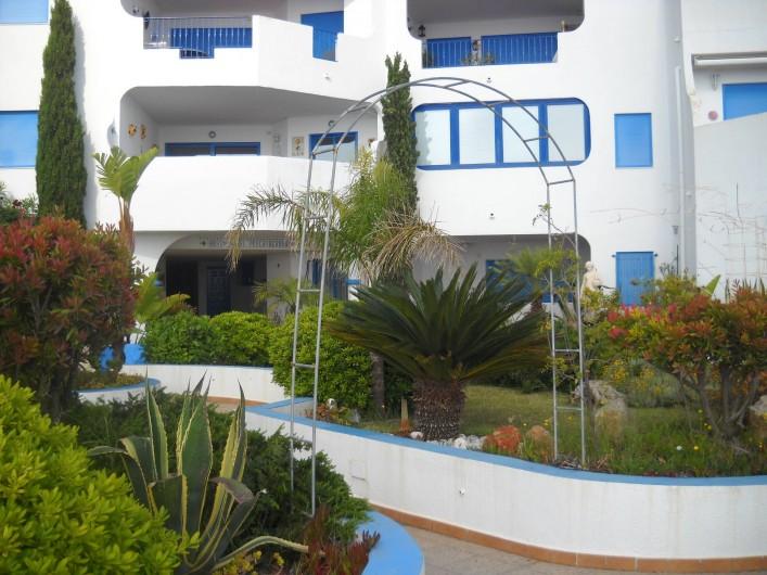 Location de vacances - Appartement à Peníscola - Entrée  résidence Perla Blanca