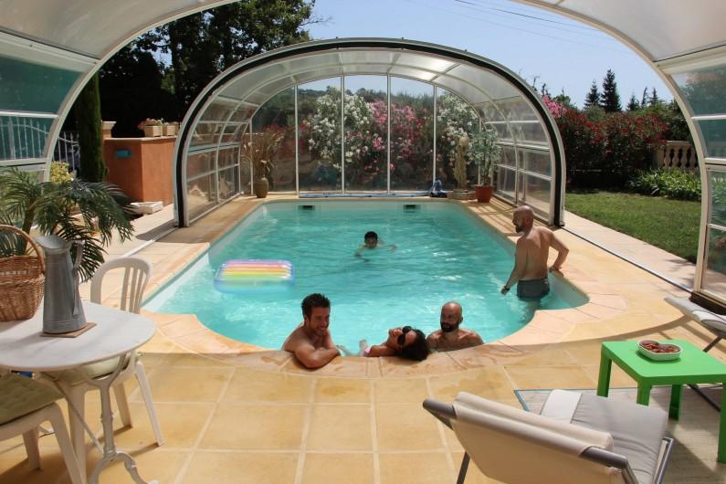 Location de vacances - Gîte à Régusse - Piscine