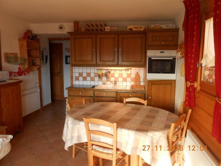 Location de vacances - Appartement à Villard-sur-Doron - La cuisine