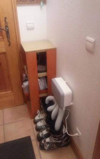 Location de vacances - Appartement à Villard-sur-Doron - Le sèche-bottines