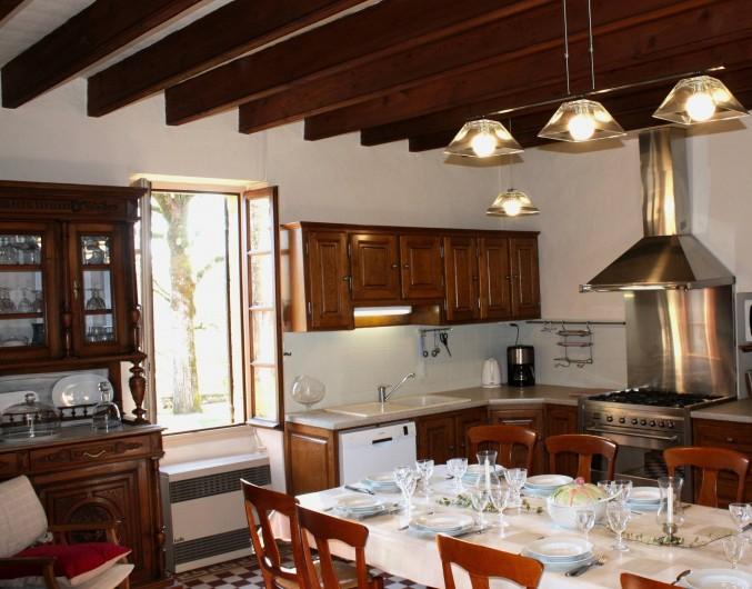 Location de vacances - Gîte à Saint-Aubin - Très grande cuisine bien équipée