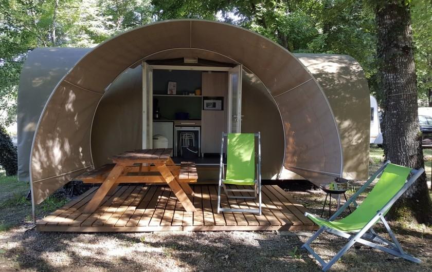 Location de vacances - Camping à Girac - cocosweet au bord de la rivière