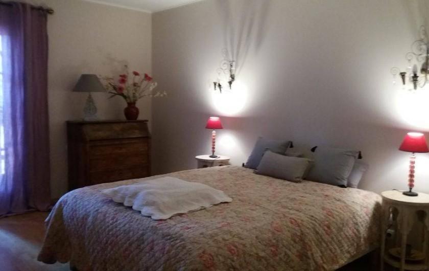 Location de vacances - Maison - Villa à Cheval-Blanc - Chambre 17m2 orientée plein sud