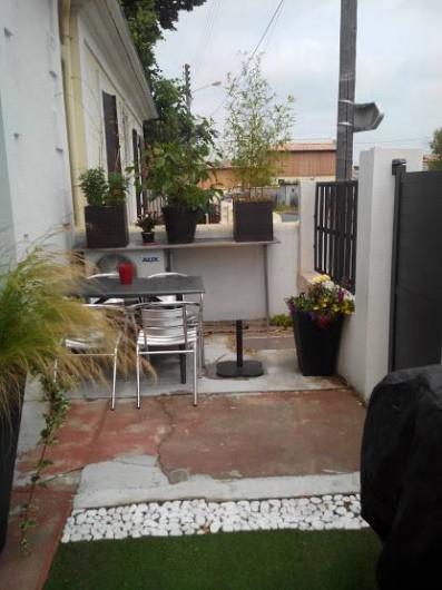 Location de vacances - Maison - Villa à Arcachon - terrasse cote rue