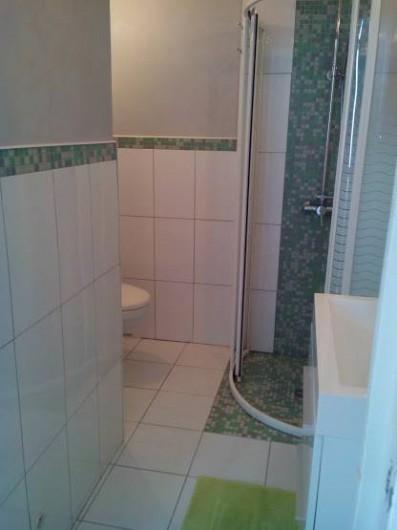Location de vacances - Maison - Villa à Arcachon - salle eau avec wc