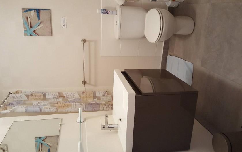 Location de vacances - Appartement à Cancale - salle d'eau
