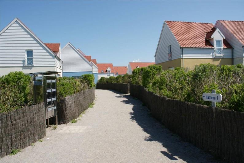 Location de vacances - Maison - Villa à Wimereux - allée d'entrée