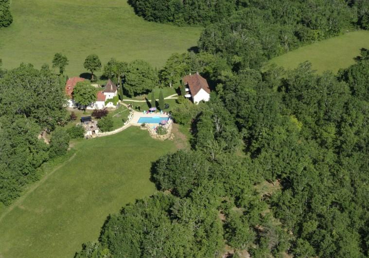 Location de vacances - Chambre d'hôtes à Simeyrols - Vue aérienne