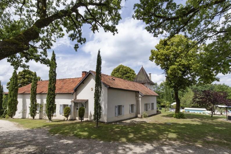 Location de vacances - Chambre d'hôtes à Simeyrols - Bâtiment principal