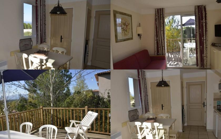 Location de vacances - Maison - Villa à Grospierres - Salon - salle à manger - coin cuisine et terrasse