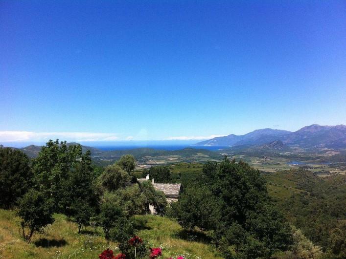 Location de vacances - Maison - Villa à Rapale - Vue en montant au-dessus de la maison