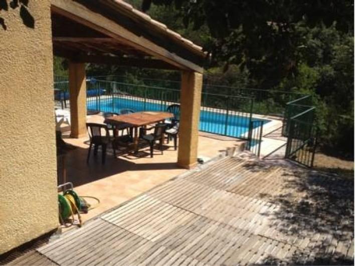 Location de vacances - Villa à Vins-sur-Caramy - Terrasse exterieur