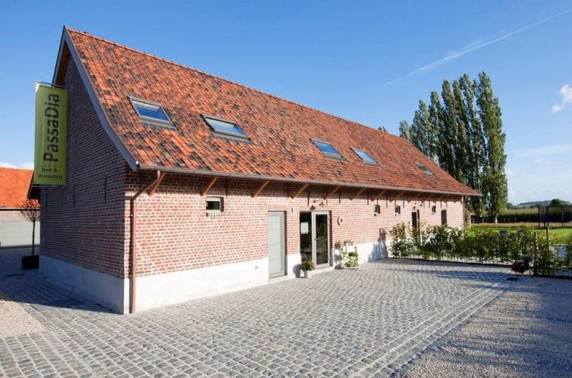 Location de vacances - Chambre d'hôtes à Zwevegem - Entré, parking
