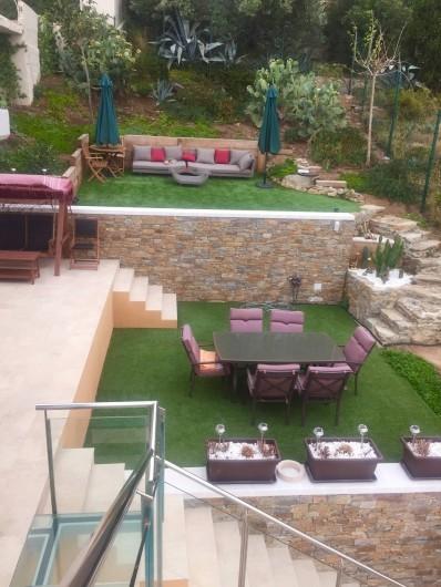 Location de vacances - Villa à Roses - jardin du déjeuner et celui de la sieste cosy vue mer