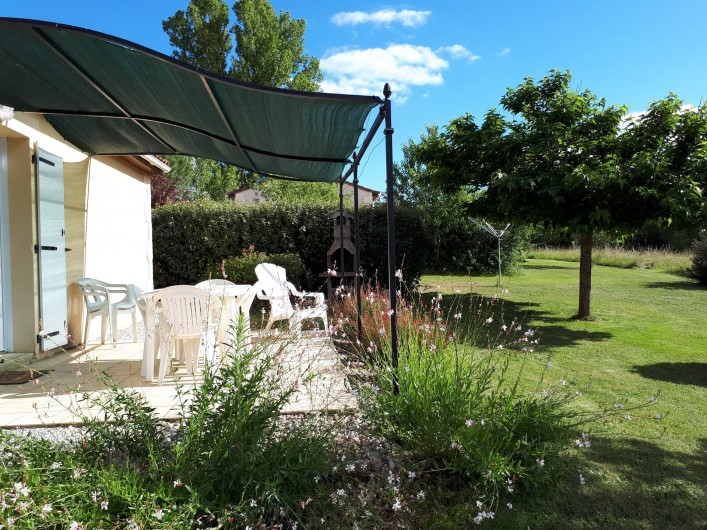 Location de vacances - Gîte à Salviac - Terrasse