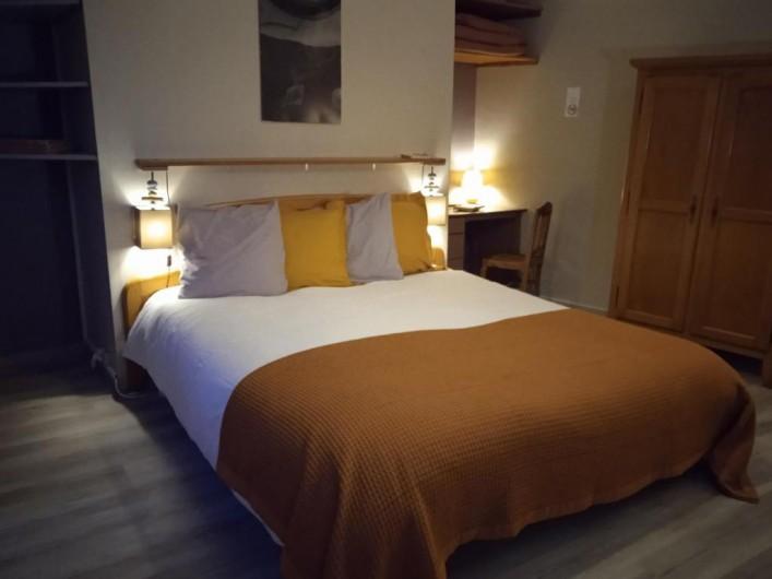 """Location de vacances - Gîte à Pont-Remy - Gîte 6/8 pers.   """"AUX 10 PONTS"""" chambre VALLEE DE SOMME"""