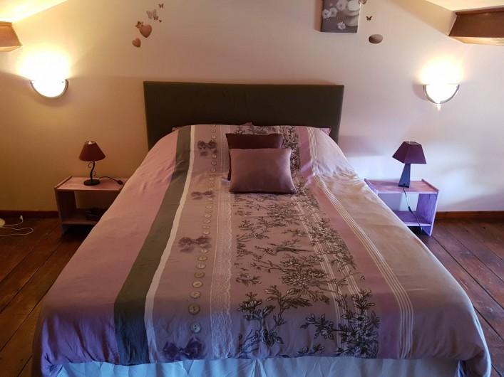 Location de vacances - Chambre d'hôtes à Vernet-la-Varenne - Chambre à l'étage