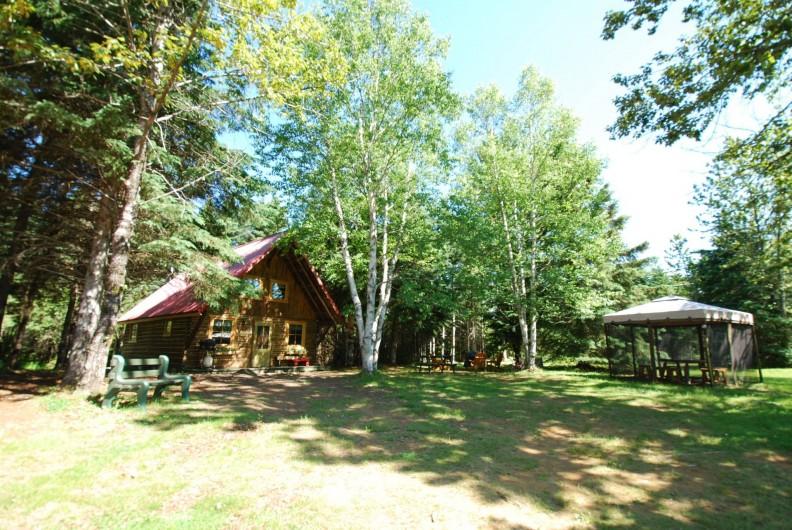 Location de vacances - Chalet à Saint-Tite-des-Caps - chalet isolé pour une meilleur tranquilité